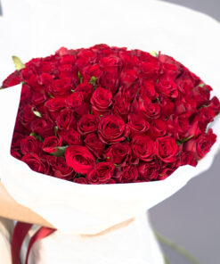 Bouquet of 101 red roses 70 cm.